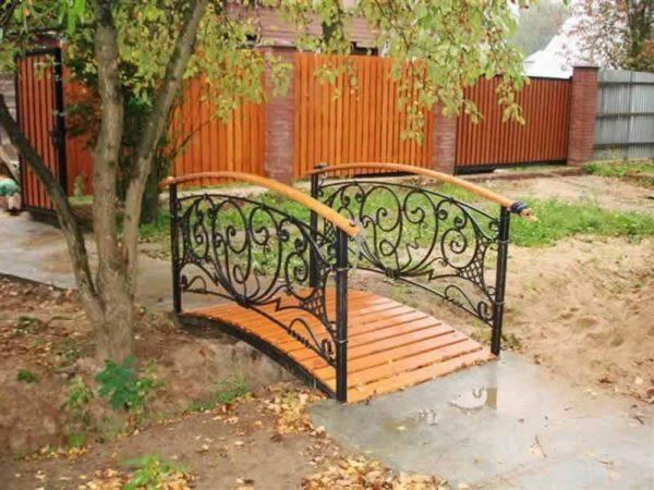 Кованый мостик для сада Арт. МО-003