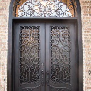 Кованая дверьс ажурными вставками Арт. Д-015