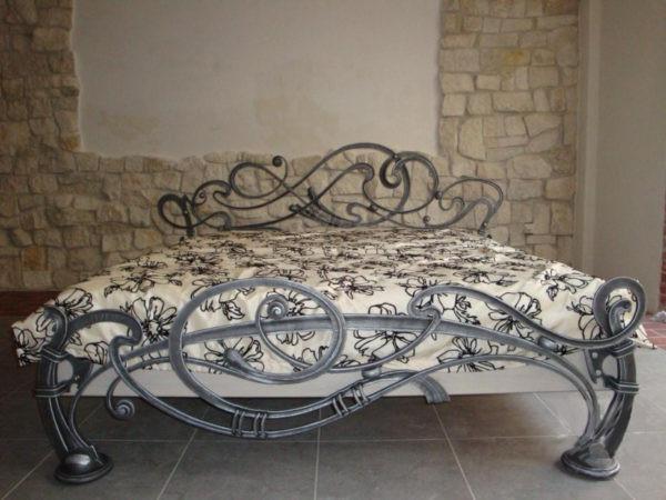 Элитная кованая кровать Арт. М-011