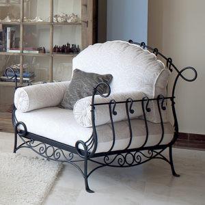 Кованое кресло чёрного цвета Арт. М-012