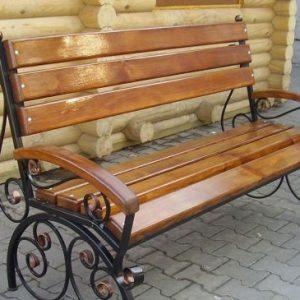 Кованая скамейка с деревянными подлокотниками Арт. СК-008