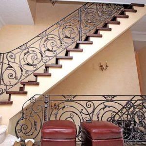 Надежная кованая лестница Беатрис Арт. Л-012