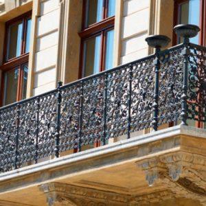 Французские балконы Индивидуальный кованый балкон Арт. Б-009 Norkovka