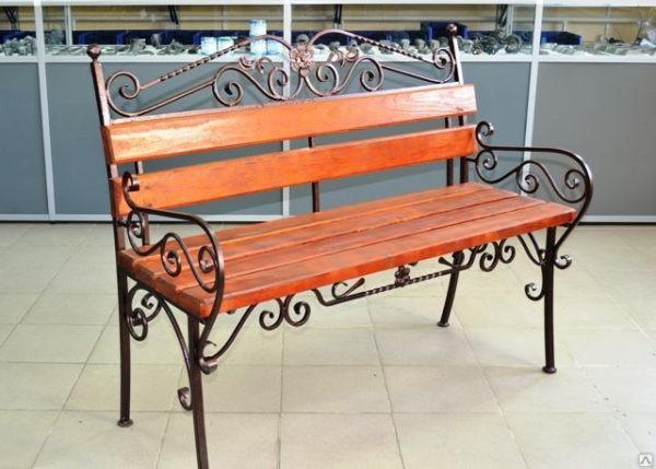 Классическая кованая скамейка для улицы Арт. СК-011