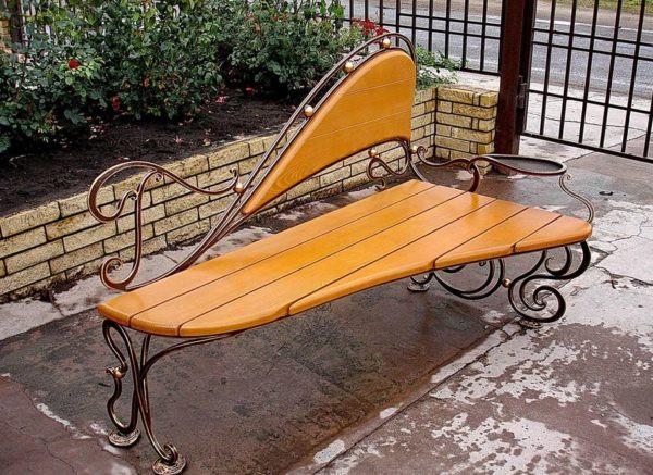 Кованые скамейки Необычная кованая скамейка Арт. СК-015 Norkovka