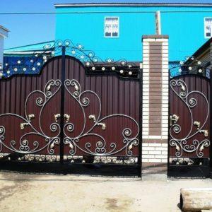 Кованые распашные ворота Кованые распашные ворота Арт. В-004 Norkovka